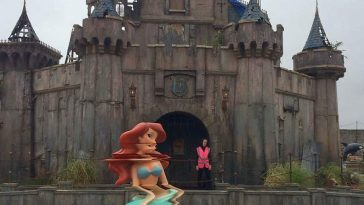 counter culture amusement park dismaland bemusement park banksy 23 1