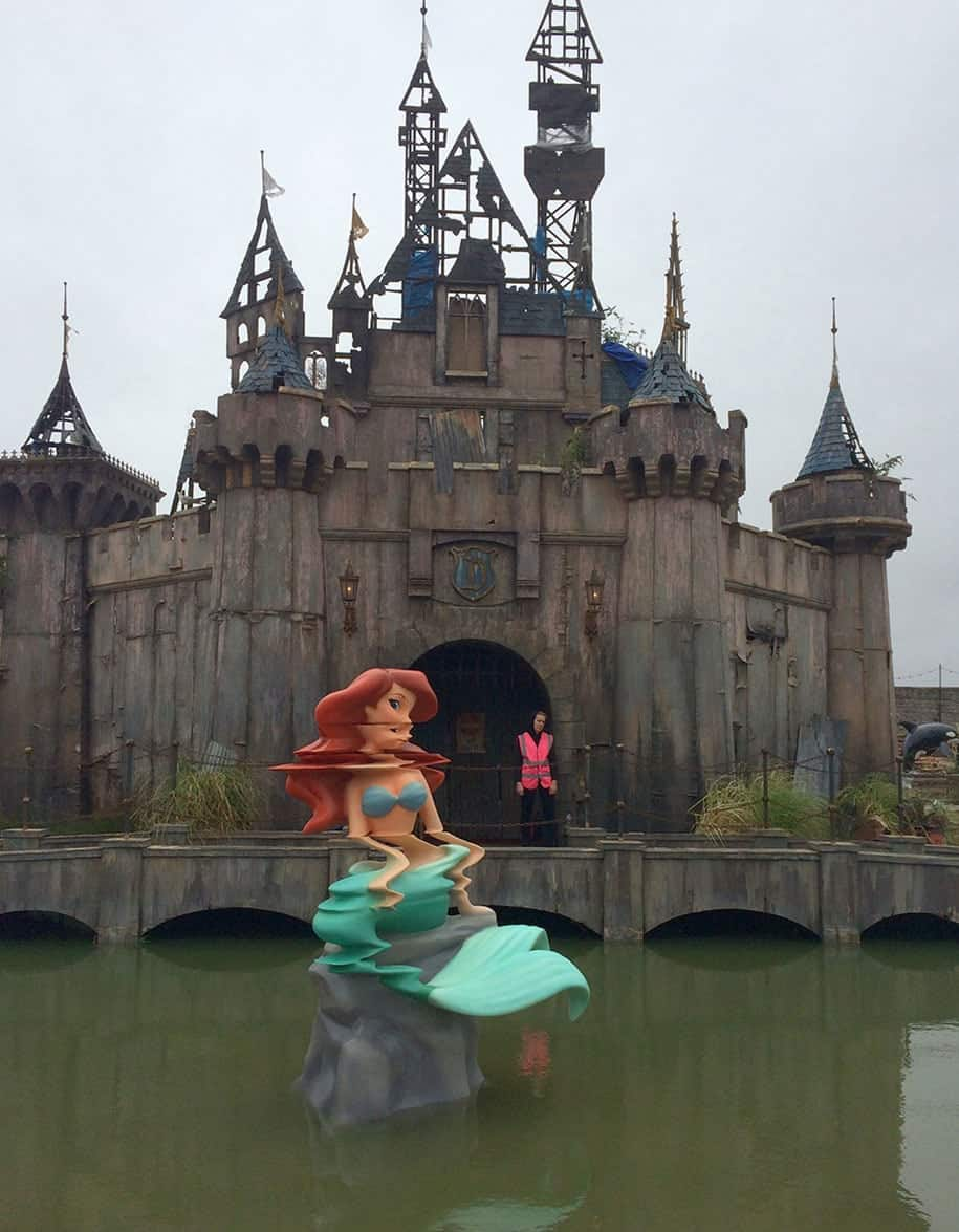 counter culture amusement park dismaland bemusement park banksy 23 1