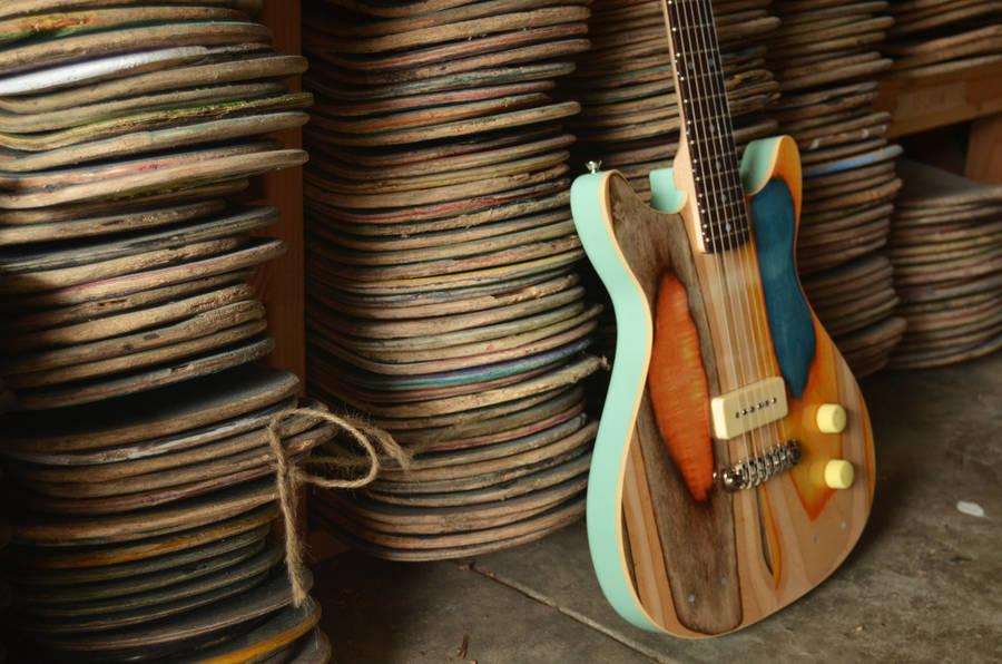 Skateboard-Guitar-09