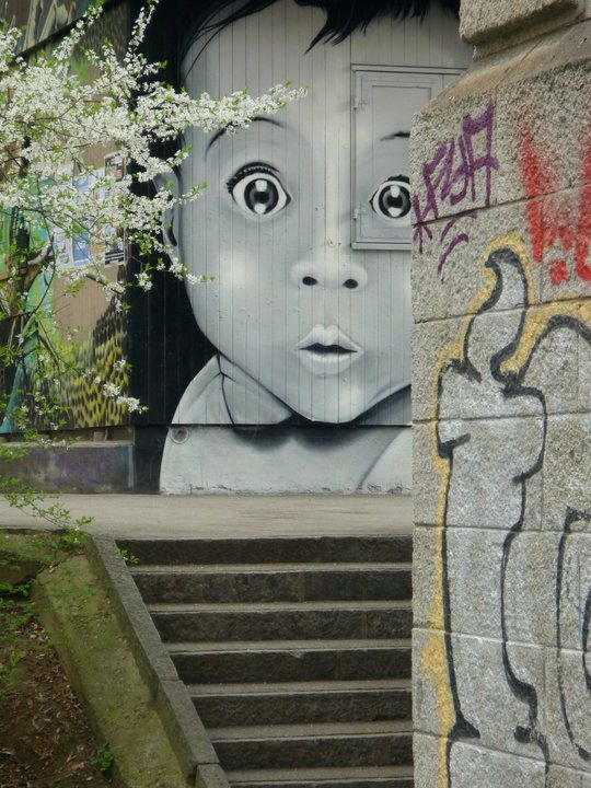 child face street art