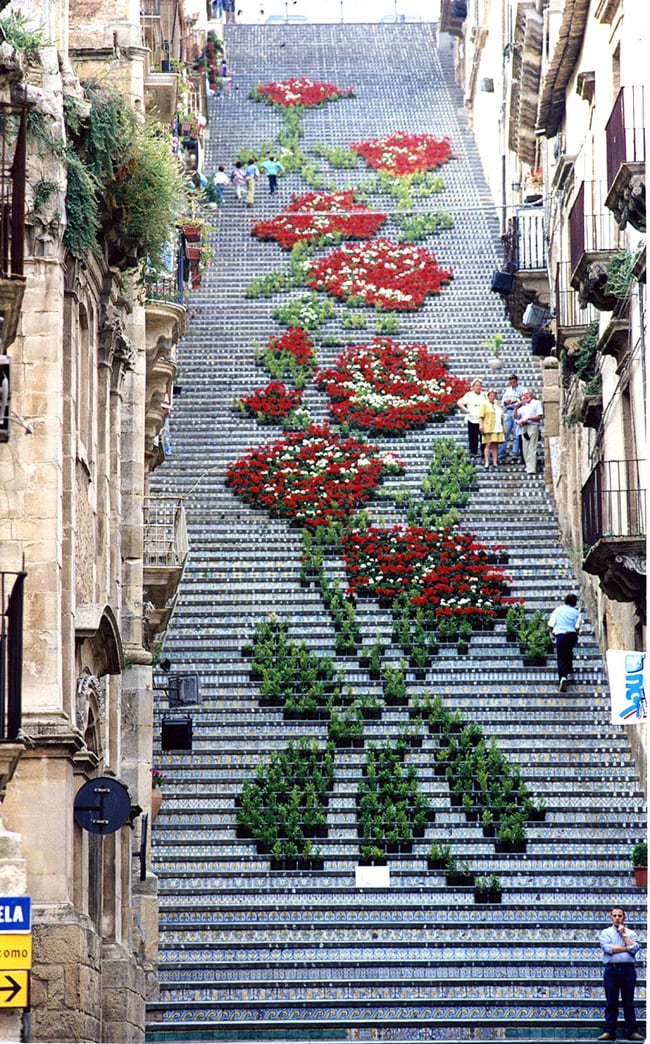 flower street art