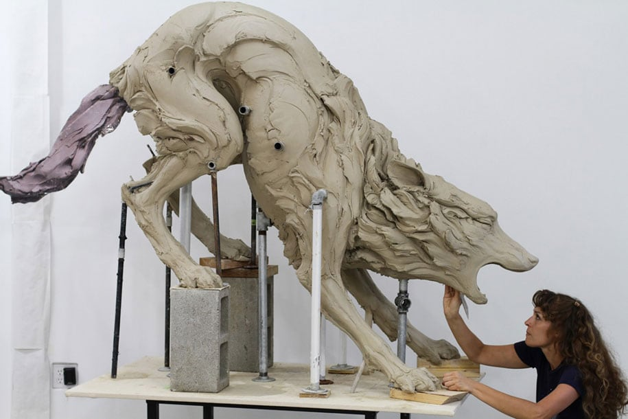 terrible-animal-sculptures-expressing-human-psychology-beth-cavener-stichter-6
