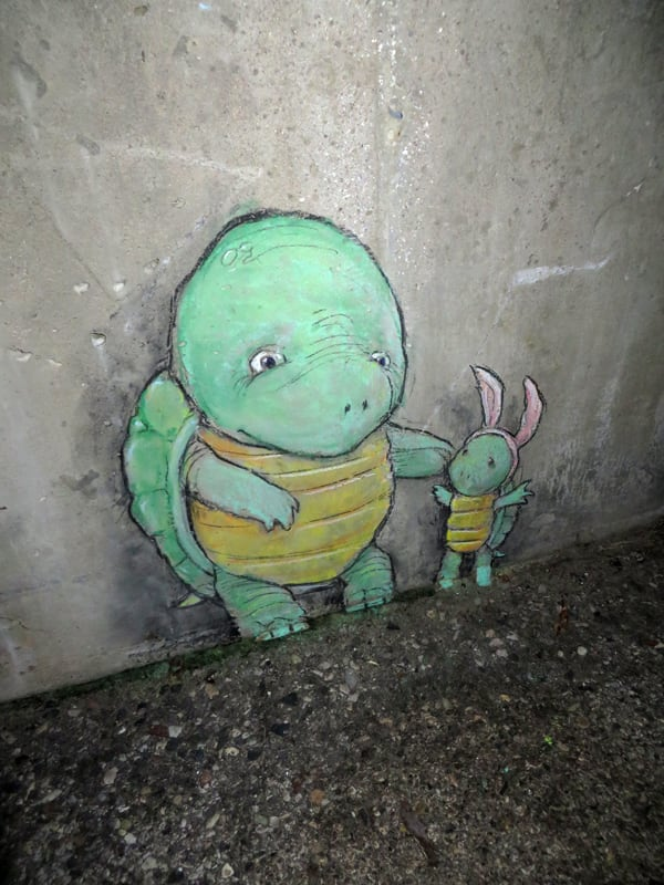turtle and street art