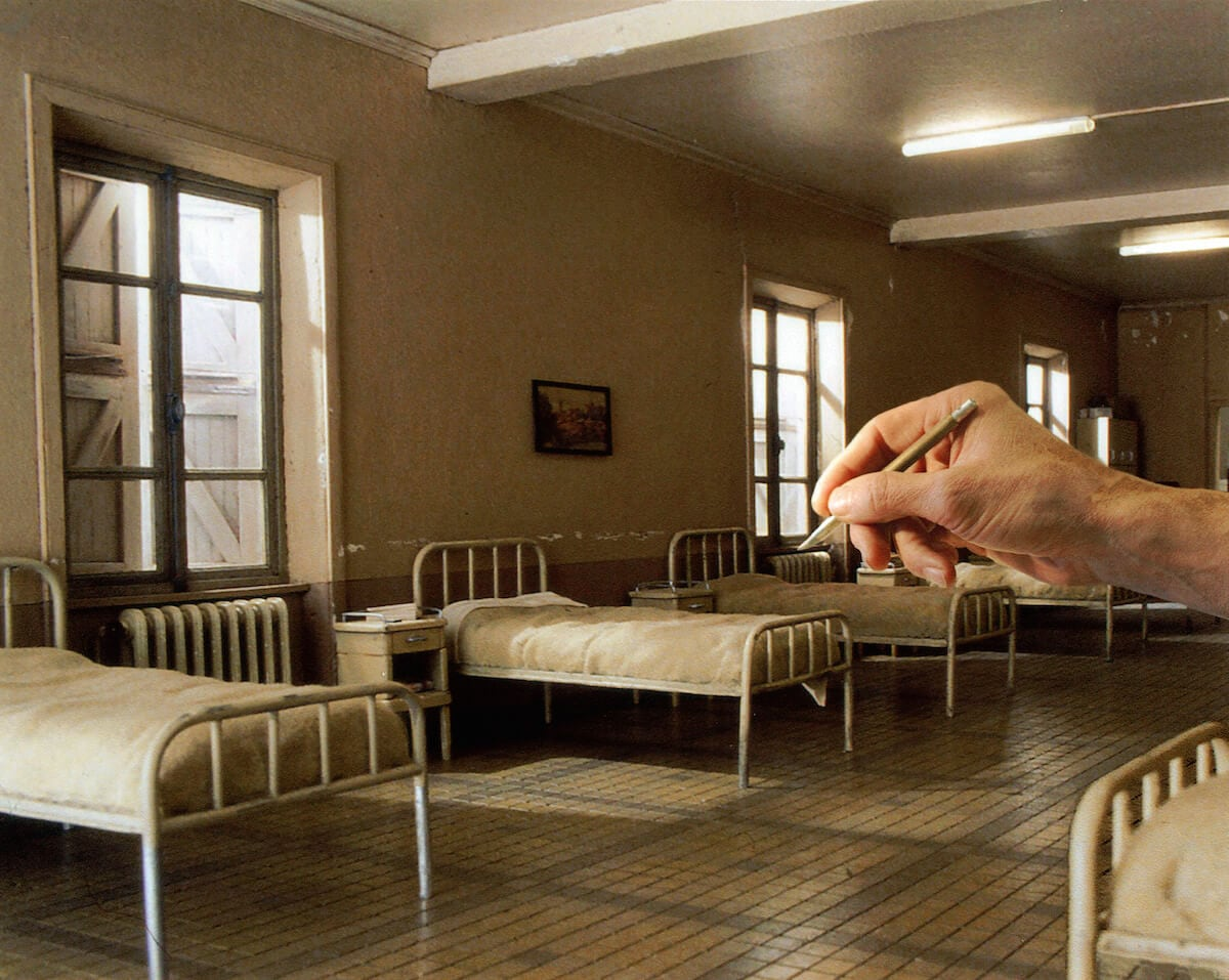 Le-dortoir-Miniature-de-Dan-Ohlmann