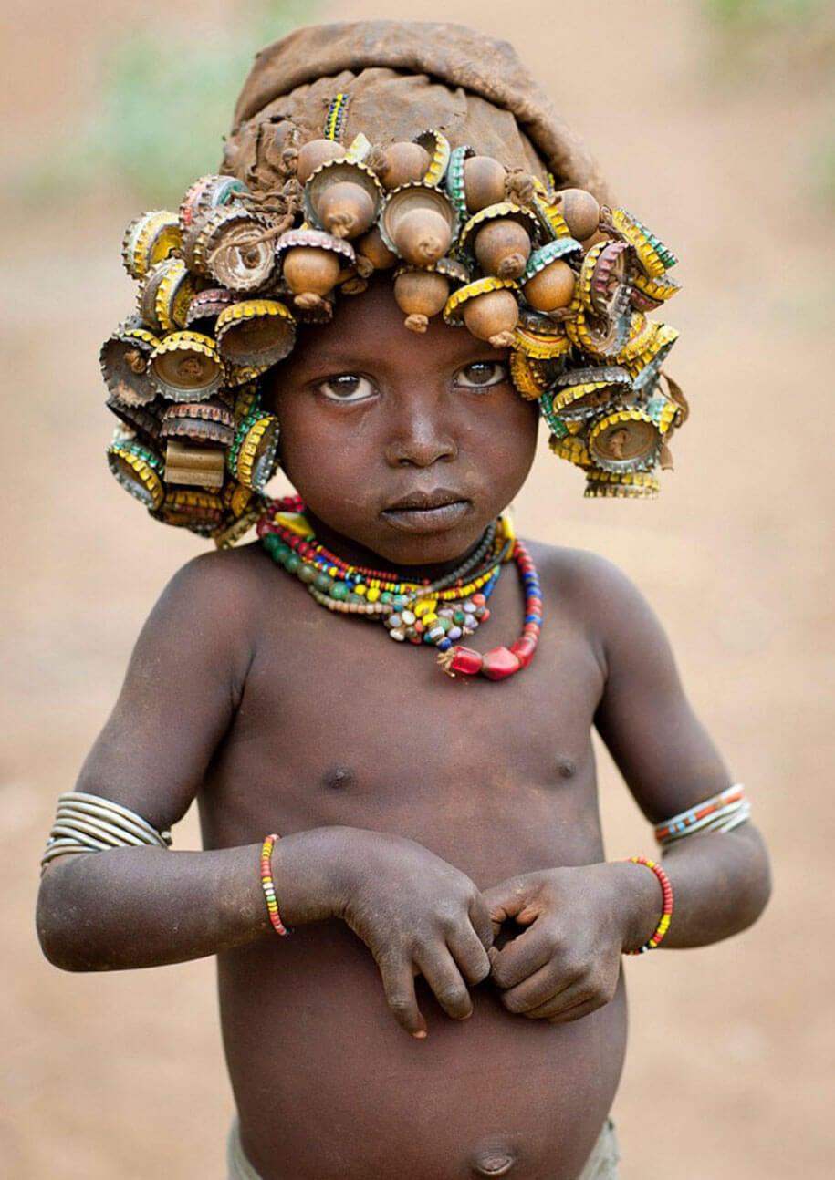 daasanach-tribe-recycled-headwear-eric-lafforgue-ethiopia-f