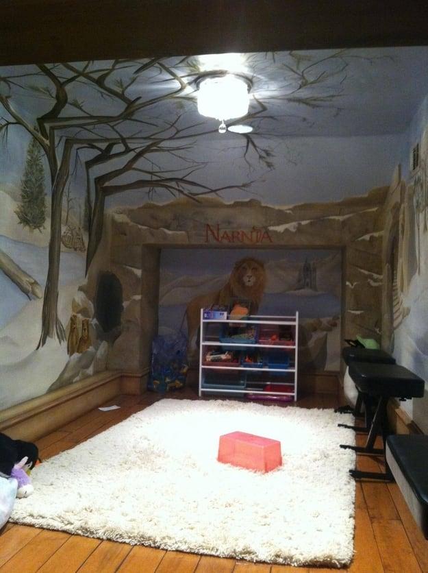 hidden Narnia room in a wardrobe