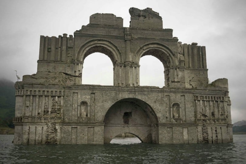 submerged-church-emergence-temple-santiago-quechula-mexico-7