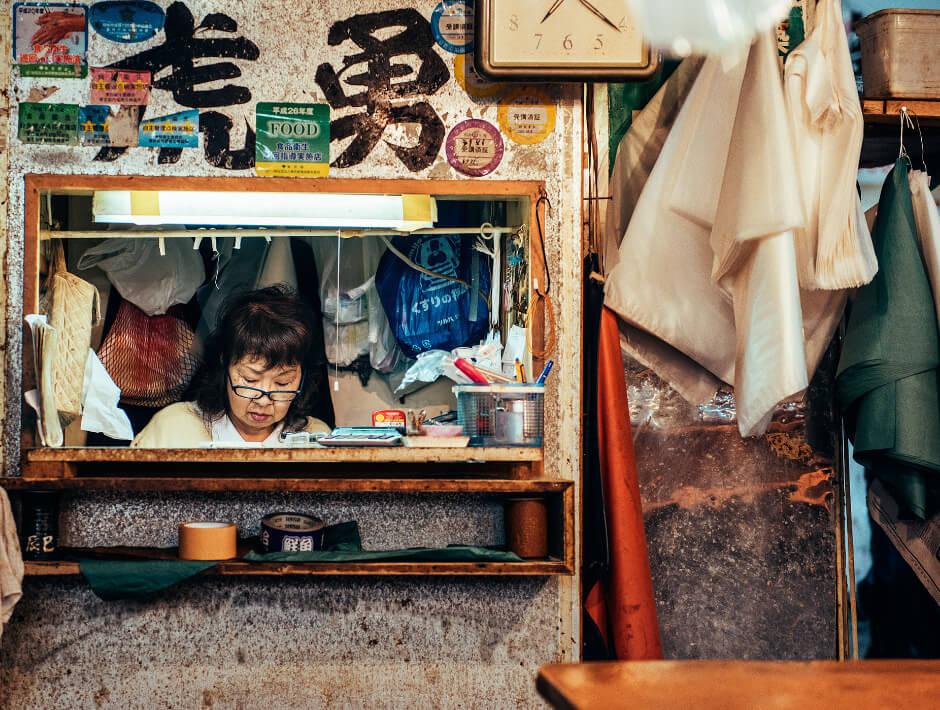 tsukiji-fish-market-nico-therin-1