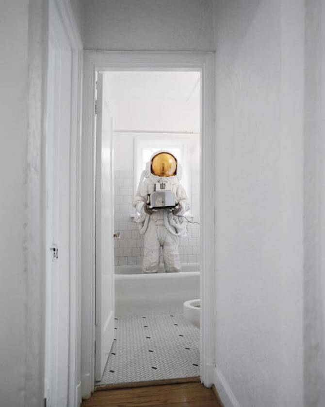 astronaut-suicides-photographer-neil-dacosta-freeyork-8