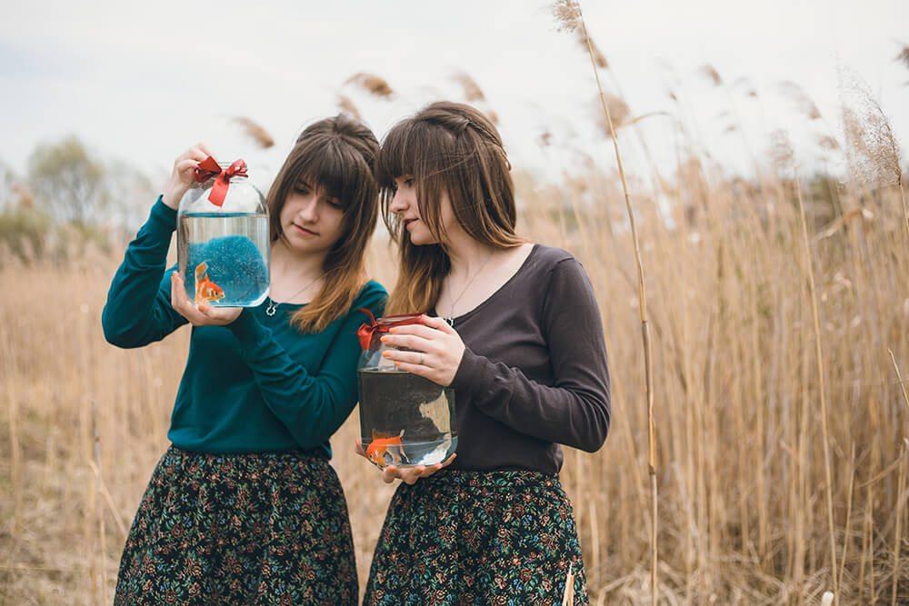 among-twins-freeyork-4-1