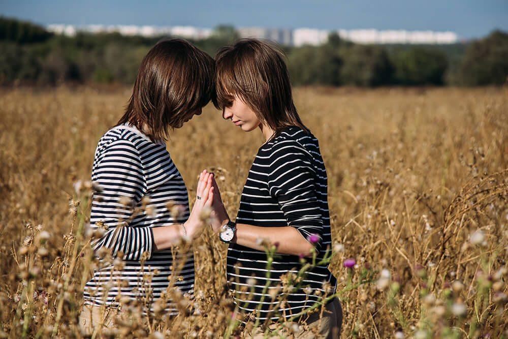 among-twins-freeyork-5