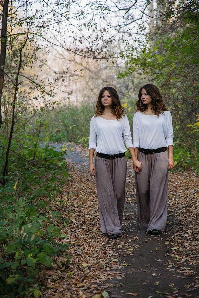 among-twins-freeyork-7