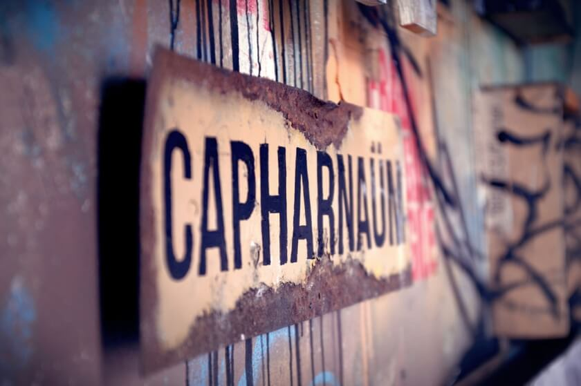 matthieu-laine-abandoned-apartment-portraits-residents-fy-14