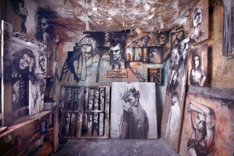 matthieu-laine-abandoned-apartment-portraits-residents-fy-6