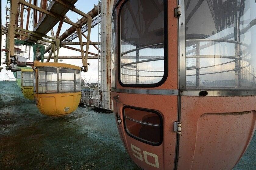 reginald-van-de-velde-abandoned-amusement-parks-fy-16