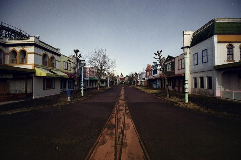reginald-van-de-velde-abandoned-amusement-parks-fy-21