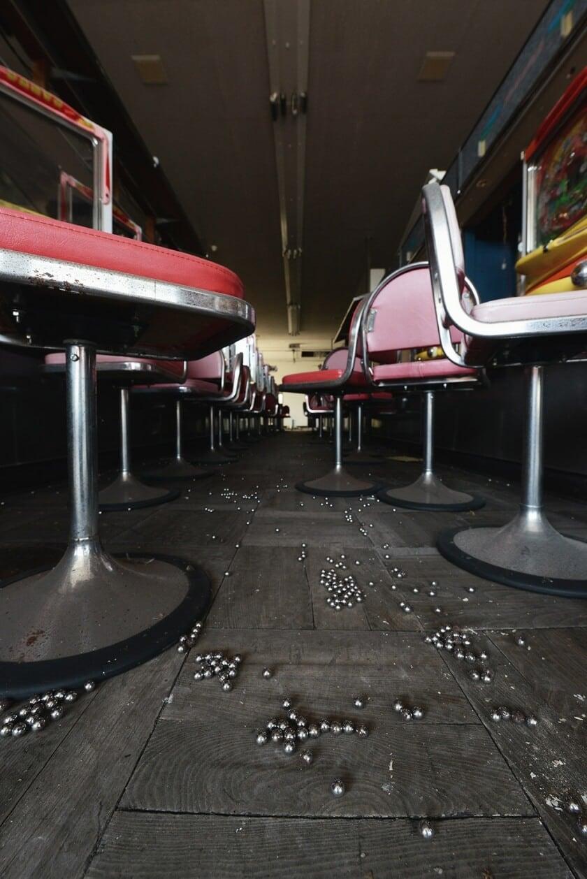 reginald-van-de-velde-abandoned-amusement-parks-fy-26