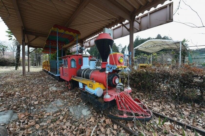 reginald-van-de-velde-abandoned-amusement-parks-fy-29