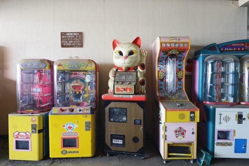 reginald-van-de-velde-abandoned-amusement-parks-fy-4