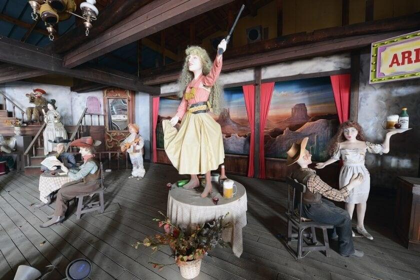 reginald-van-de-velde-abandoned-amusement-parks-fy-5