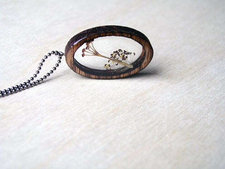 erin-larocque-foraged-pendants-fy-11