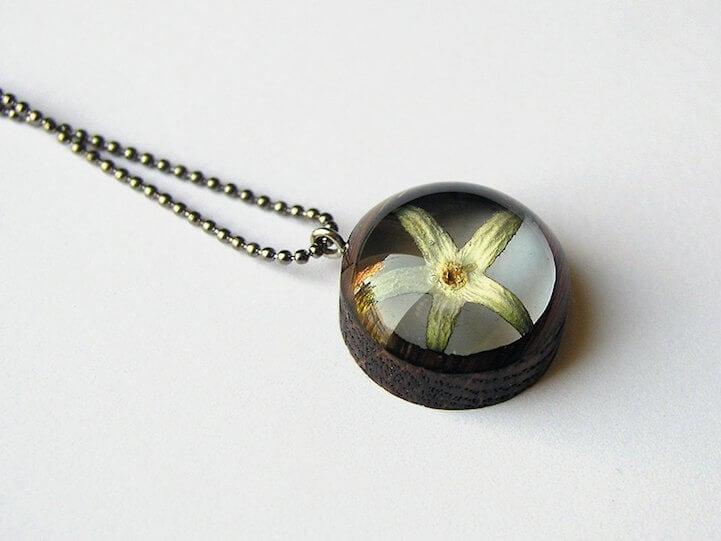 erin-larocque-foraged-pendants-fy-12
