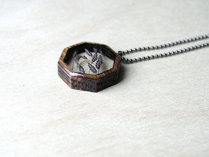 erin-larocque-foraged-pendants-fy-15