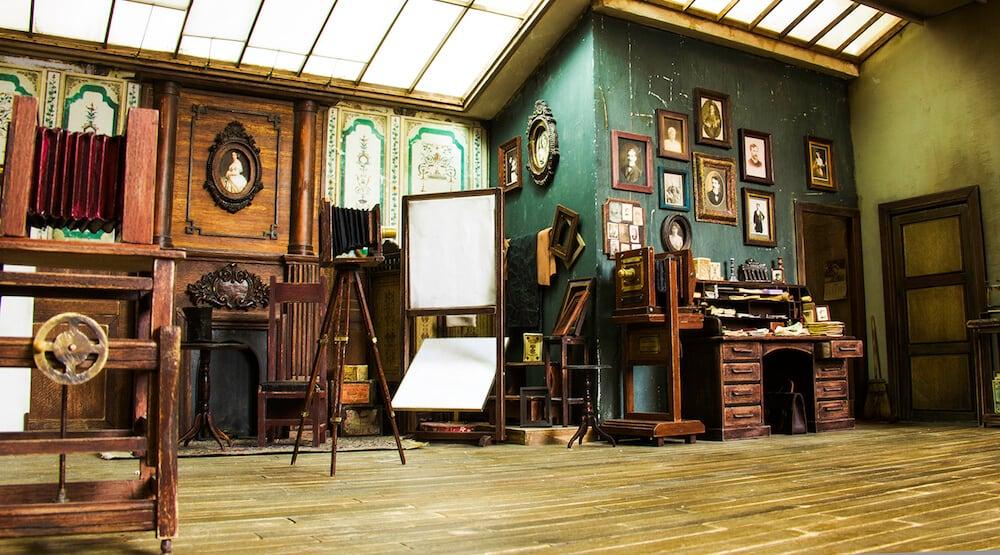 19th-century-miniature-photo-studio-freeyork-9