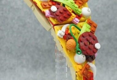 delicious-lego-sculptures-fy-12