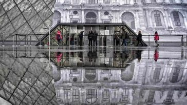 jr louvre illusion 1 1