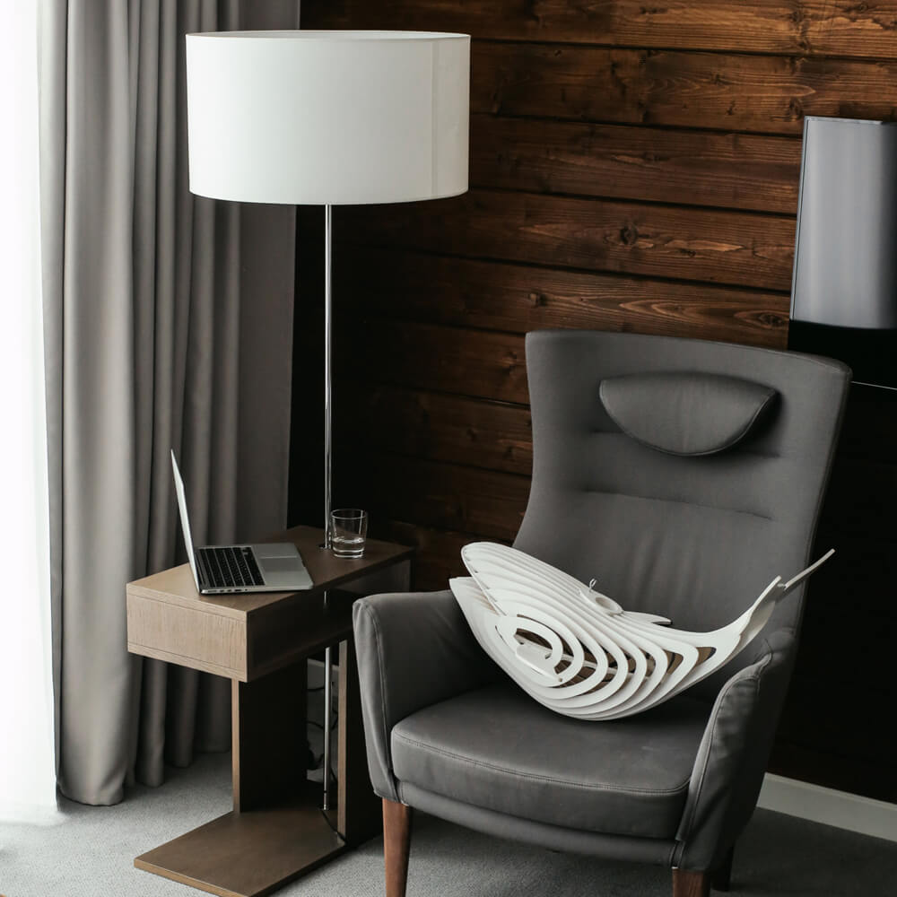 wooden-whale-lamp-2