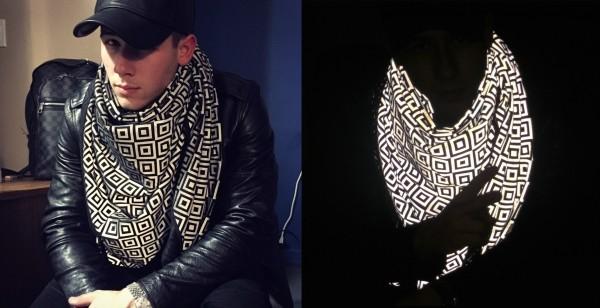 anti-paparazzi-scarf-2