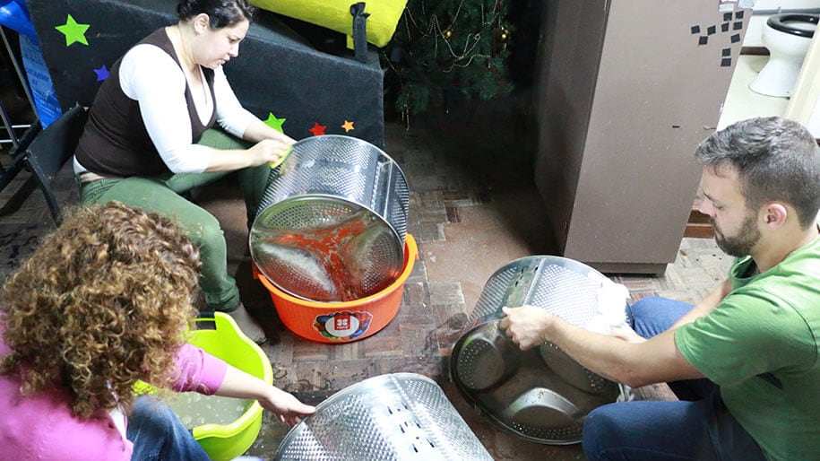 133 old washing machine drums portugal 1