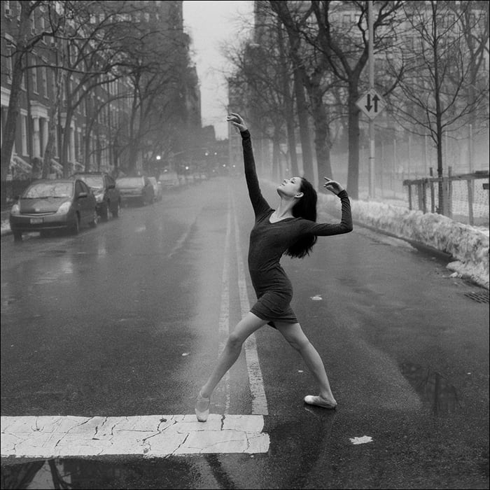 ballerinas on the street 1