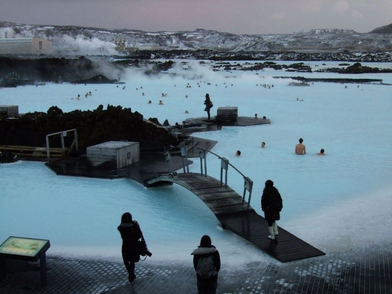 blue lagoon in iceland 17