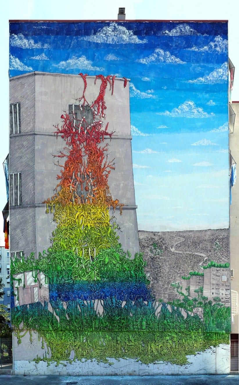 blue mural rome 01