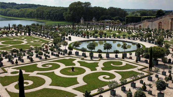 kind garden palace versailles 775b1b5daa3ba2fd