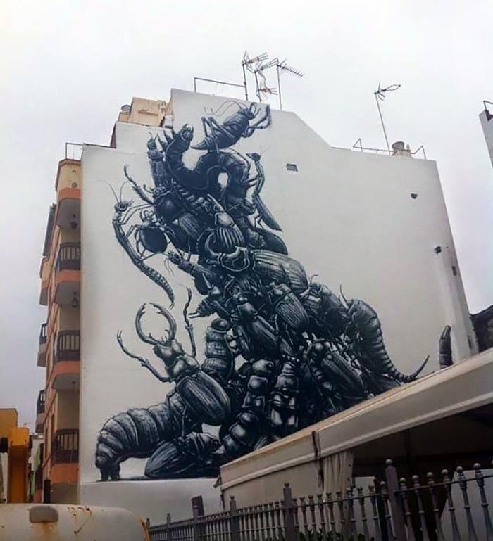 roa mural puertodelacruz 01