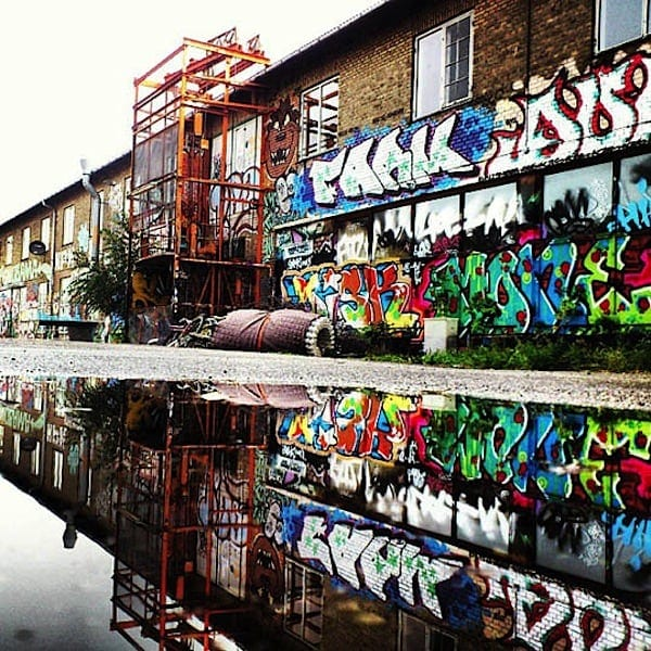 urban mirrored streets 06