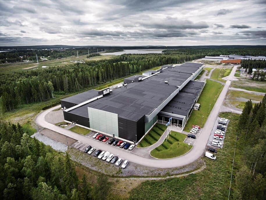 facebook-server-farm-sweden-3