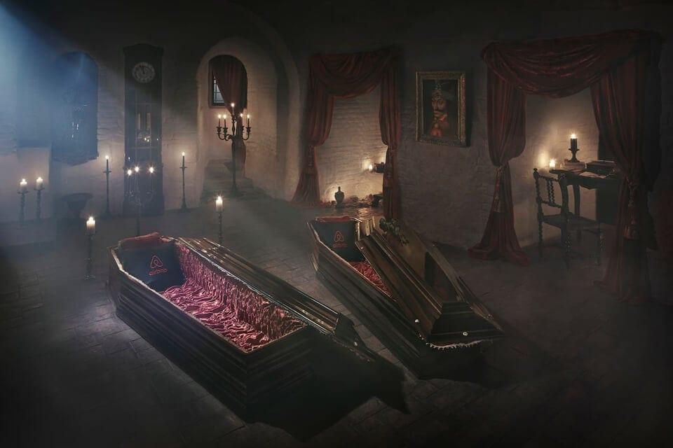 night-draculas-castle-transylvania-6