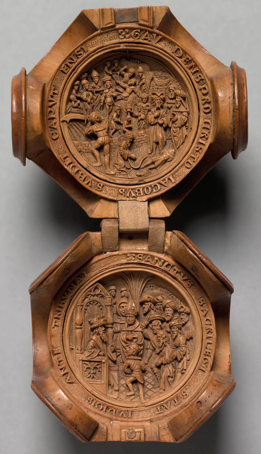 16th century miniature boxwood carvings 7