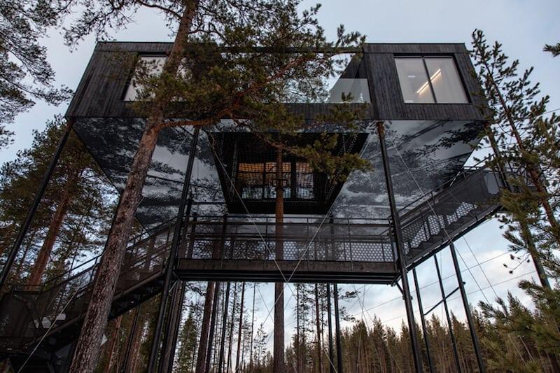 snonettas swedish treetop cabin 2