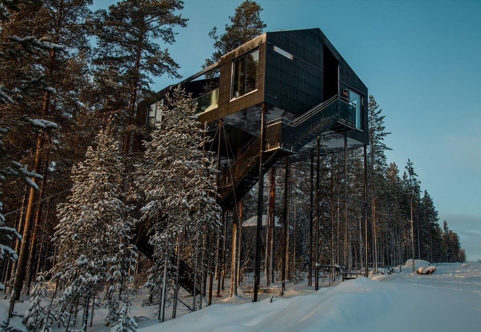 snonettas swedish treetop cabin 5
