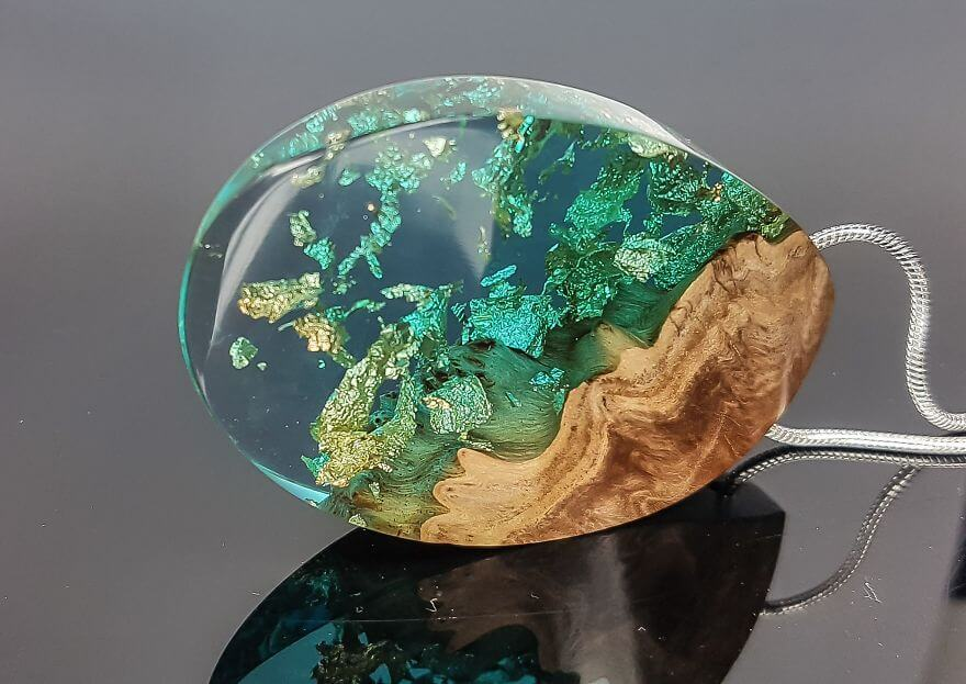 wood resin jewellery 14