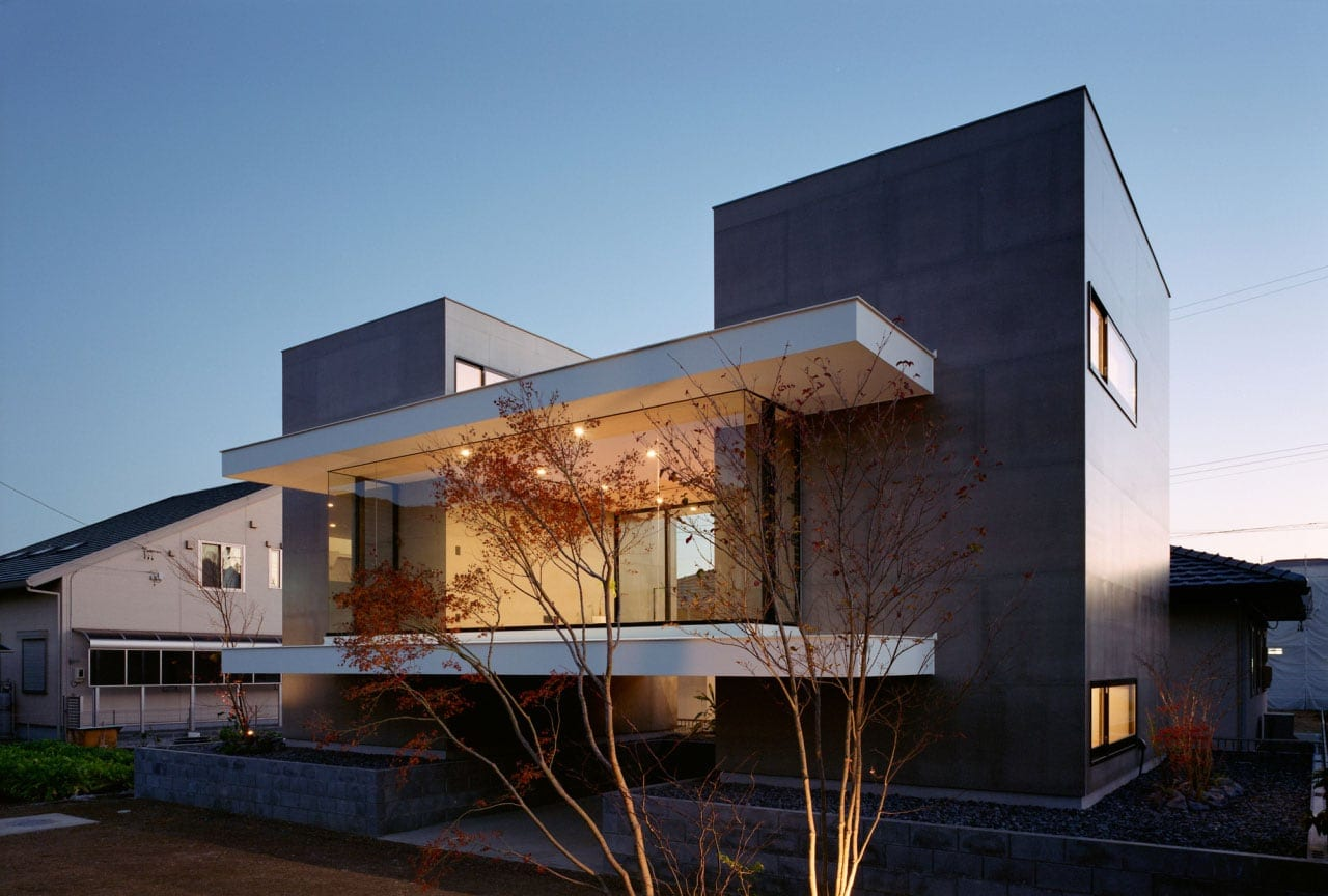 modern high end landscape ideas of contemporary house that can be decor with warm lighting can add the beauty inside moder house