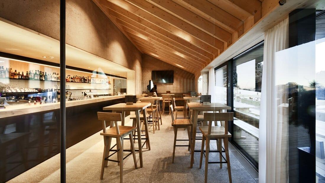 modern mountain restaurant italian alps 13