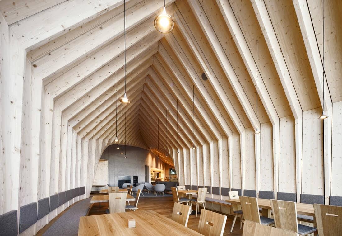 modern mountain restaurant italian alps 14