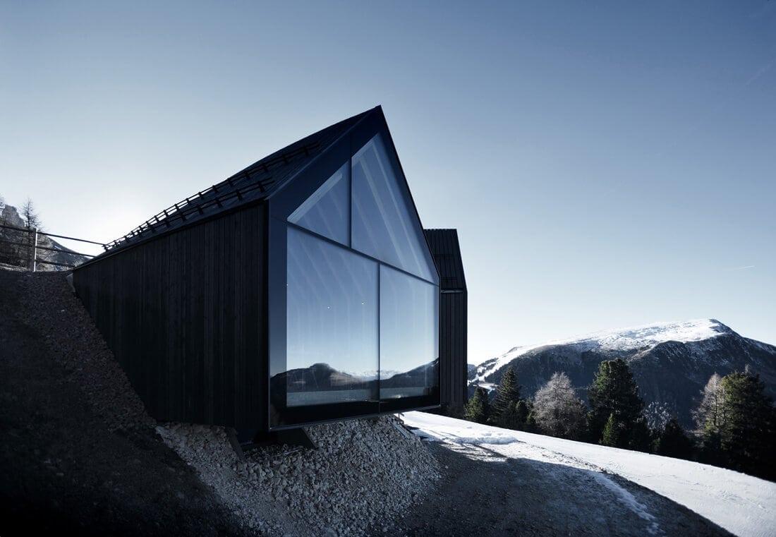 modern mountain restaurant italian alps 4