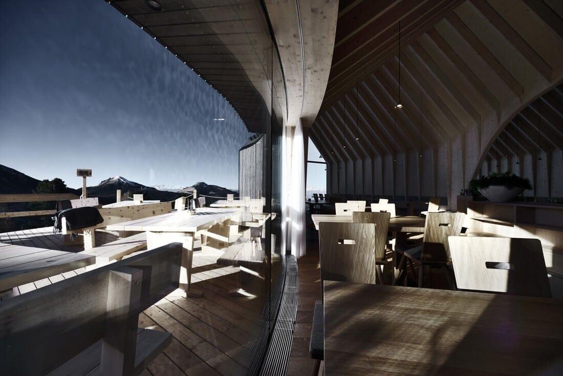 modern mountain restaurant italian alps 8